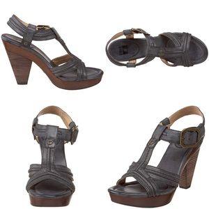 Frye Sage Trapunto Gray slate heeled sandals